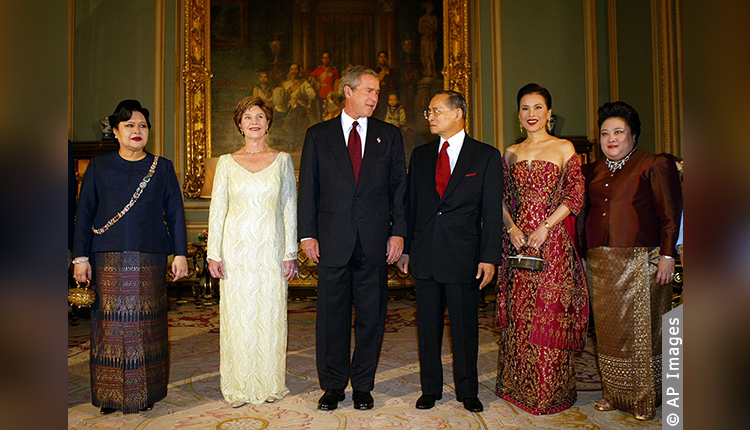 King Bhumibol Adulyadej and Queen Sirikit of Thailand, with two princesses, meet with U.S. President George W. Bush and First Lady Laura Bush prior to a State Dinner at the Royal Grand Palace in Bangkok on October 19, 2003.